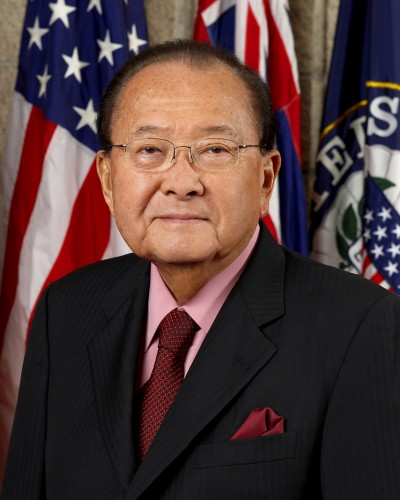 Daniel_Inouye,_official_Senate_photo_portrait,_2008